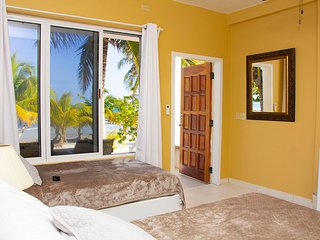 Unwind-Beach Casita-Barrier Reef-Calm (2A)
