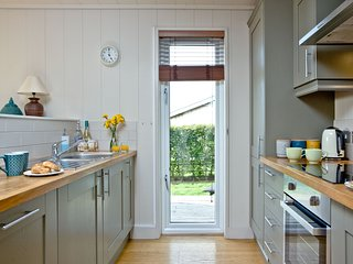 Peppers Lodge, Strawberryfield Park - With fantastic countryside views, this  lu
