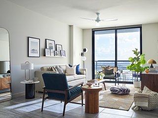 Domio | Downtown Miami | Chic One Bedroom | Balcony + Pool + Gym