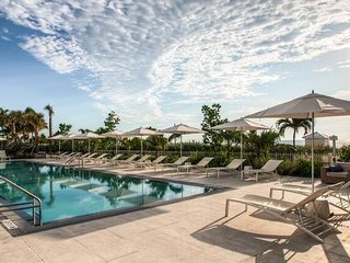 Domio | Miami Beach | Premier Ocean View + Balcony | 1 BR