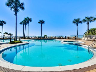 Coastal condo in an upscale complex w/ resort pool, hot tubs, & private balcony