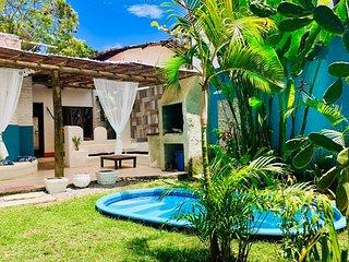 Apartamento - Duplex de Praia no Centro de Arraial D´Ajuda a 400m do Mar