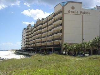 Grand Pointe 703