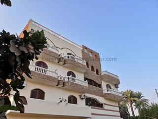 luxor bella vista apartements&hotel&bnb
