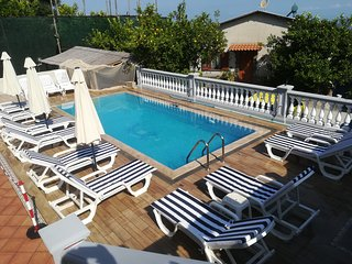 Accommodation  8 BEDS  with POOL   Amalfi Sorrento area  RELAX solarium parking