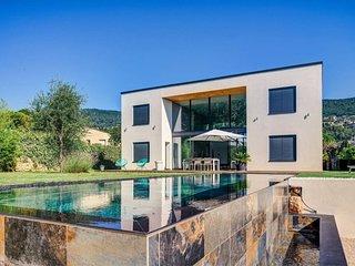 Exclusive Luxury Villa - Peymeinade - Côte d'Azur - Urban Living Riviera