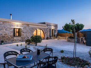 Trialonia luxury villa, comfortable, private pool, garden, serenity