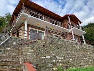 Yaasha Cottages