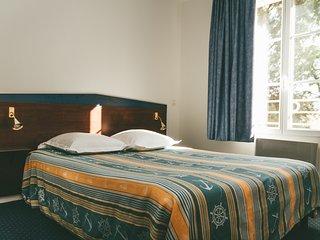 Appart'hotel T2 - 4 personne proche futuroscope avec WIFI