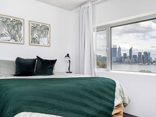 4N South Perth sweeping views direct river access
