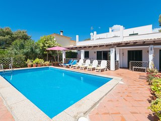 CZESC EWA (CAN PUNXA) - Villa for 8 people in CALA PI