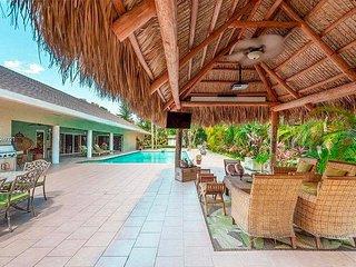 4 bedroom Resort-Mansion in South Miami!