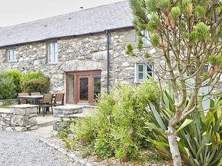 The Cottage - A wonderful 2 bedroom cottage equipped to the very highest of stan