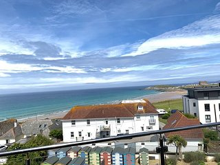 Penthouse A (Fistral Beach) - Natural Retreats Fistral Beach – Penthouse A, a be