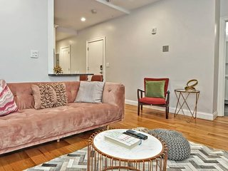 Gorgeous 4BR Apt in North End by Domio