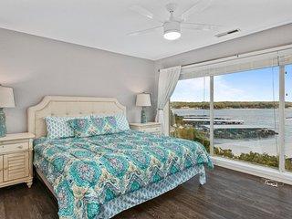 Regatta Bay 116-3D - Newly Remodeled 2 Bedroom Condo