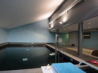 Appartement Abordable Pour 8 | Acces Piscine Interieure + Espace Bien-Etre