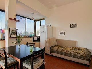 Dizengof 164/ Ben Gurion Nice Roof top - Cool
