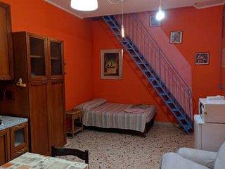 Appartamento in centro con aria condizionata, colorato e comodo