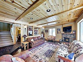 Spacious Tahoe Donner Home | Gas Fireplace | Beach, Ski & Tennis Access
