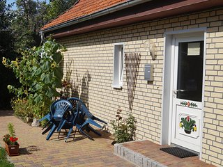 Spacious Apartment with Garden in Wieck auf dem DarB