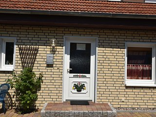 Cozy Apartment in Wieck a. Darss with Garden