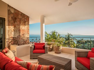 Book Now! Luxurious Ocean View PH,  w/ Beach Clubs and Premier Golf Clubs Mmbshp