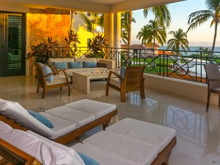 Ocean View Condo - Gated w/ Cook, Premier Golf & Access to 4 Mita Beach Clubs