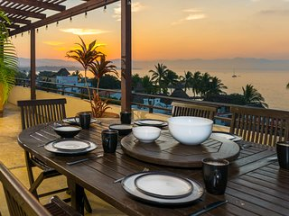 PH w Panoramic Ocean Views - Steps to Punta de Mita Beach, Restaurants & Shops