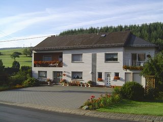 Beautiful Holiday Home in Eifel near Forest