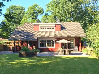 Luxury Bungalow in Bennekom with terrace