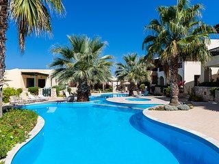 Sun&Blue, Beach Apartment!