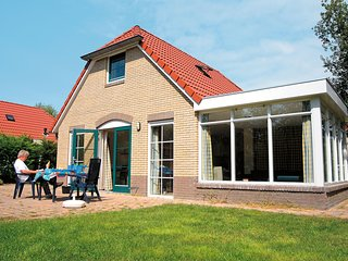 Comfortable holiday home with a dishwasher, in green Twente