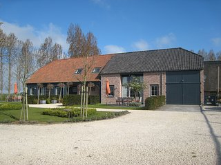 Spacious Villa near Sea in Sluis