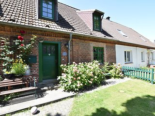 Spacious Holiday Home in Landstorf Zierow with beach nearby