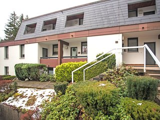 Attractive apartment with balcony, directly facing the Winterberg golf course