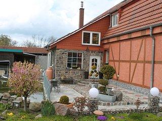 Budget Apartment in Grundshagen with garden seating