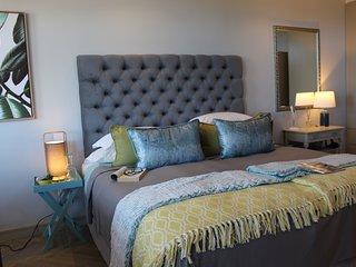 365 Sunset luxury private studio apartment with sea view - Aloe