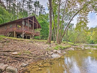 NEW! Creekside Weaverville Home-16 Mi to Asheville