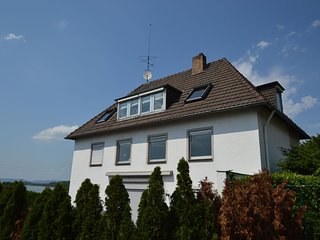 Comfortable apartment with garden and beautiful view of the Rhine near Koblenz
