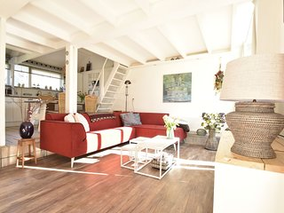 Beautiful Holiday Home in Warmenhuizen on Dutch Coast