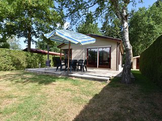 At the edge of the Veluwe in a small holiday park with sauna and fitness area