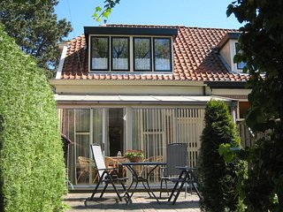 Uniquely Designed Holiday Home with Jetty in Enkhuizen