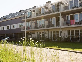 Modern hotel suite, a stone's throw from the sea on Texel