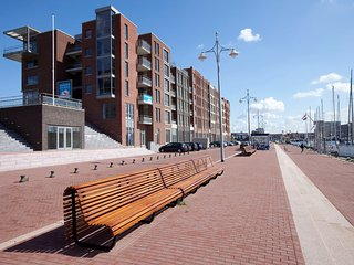 Modern apartment 500 m. from the centre of Scheveningen