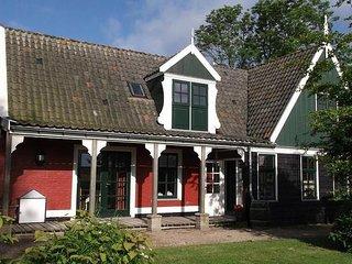 Comfortable villa in Wieringer style, near the Wadden Sea