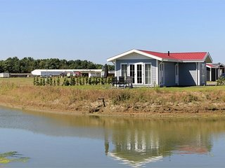 Comfortable cottage with dishwasher near the Veerse Meer