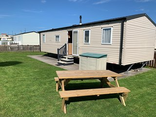Hoilday Resort Unity Brean 8 Berth Platinum Caravan