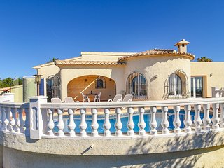 Sea View Villa with Swimming Pool in Benitachell