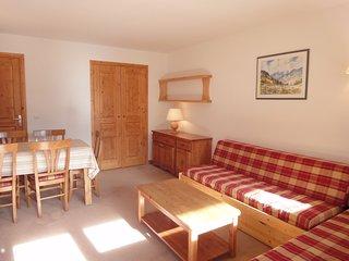 Cozy Apartment in Meribel with Balcony